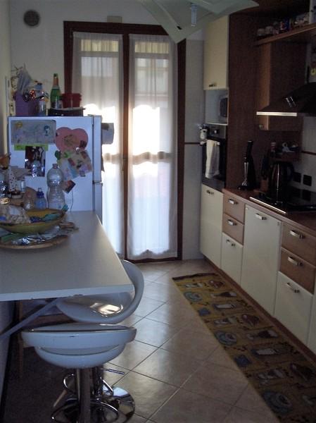cucina - VILLA A SCHIERA MARTELLAGO (VE) MAERNE, CENTRO