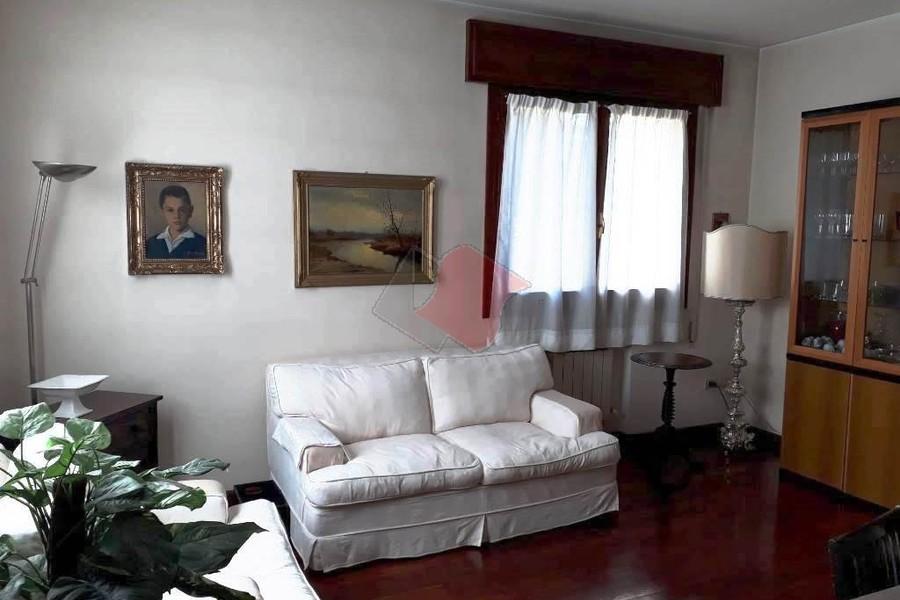 soggiorno (4) - APPARTAMENTO VENEZIA (VE) MESTRE, CENTRO